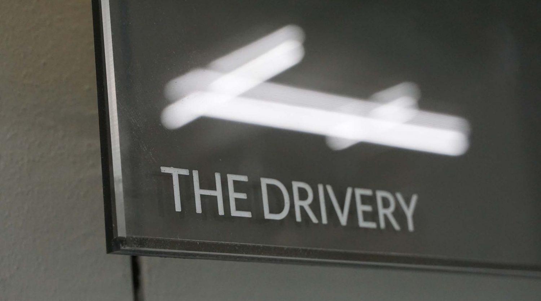 Signage für The Drivery im Ullsteinhaus
